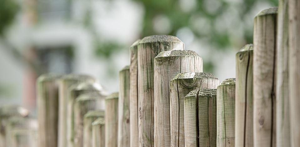 Glaubenssätze als Wahrnehmungsfilter - Zaun als Symbol für Grenzen